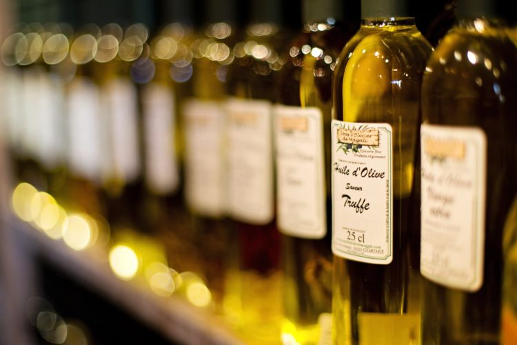 How to Choose the Best Olive Oil the Italian Way